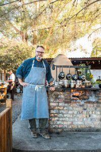 Chef Drew Deckman of Deckman's en el Mogor.