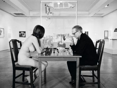 Eve Babitz first gained notoriety by playing chess in the nude with Marcel Duchamp at the artist's 1963 retrospective at the Pasadena Art Museum.