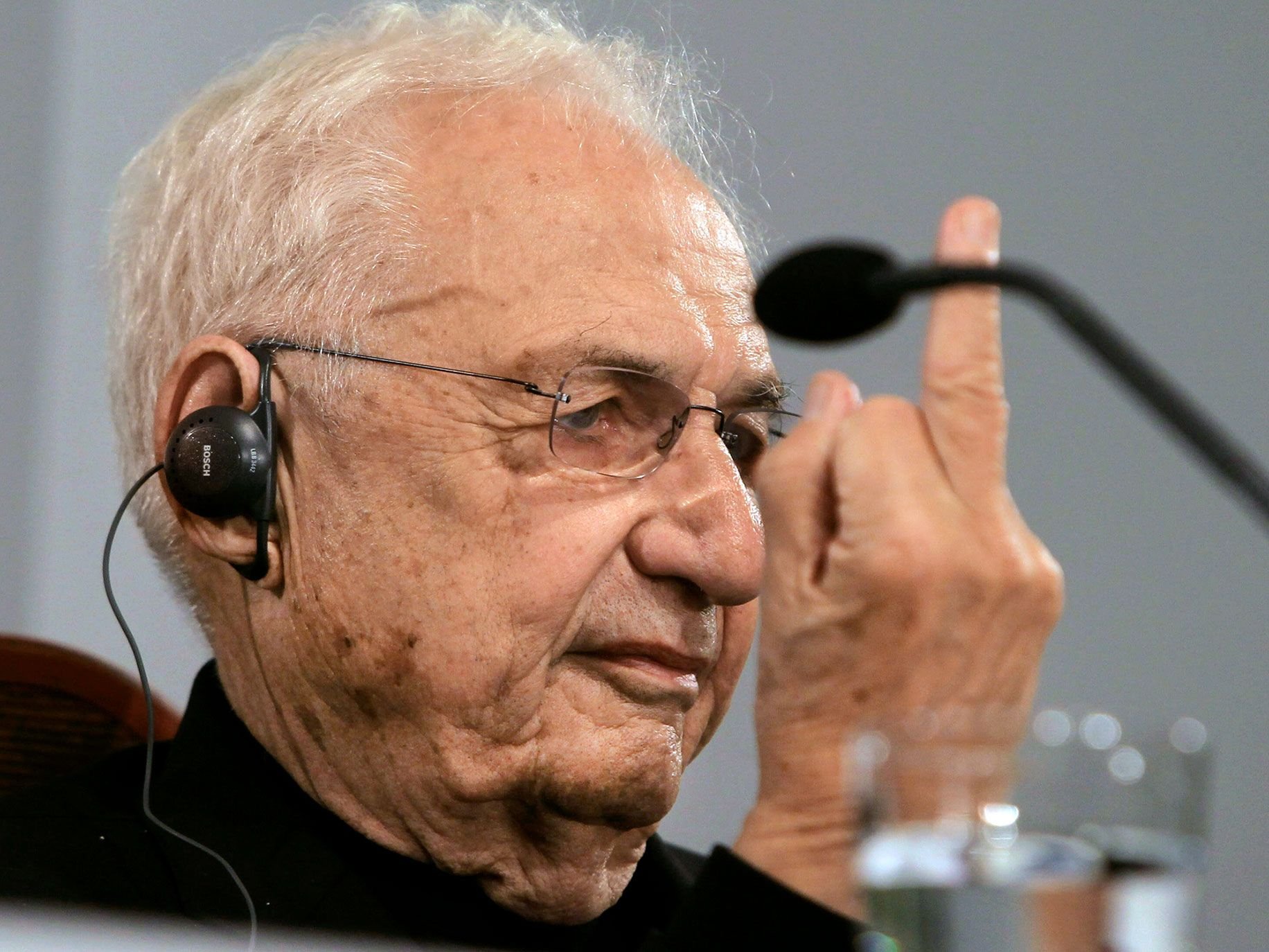 Gehry's response to a journalist who asked if his work is showy.