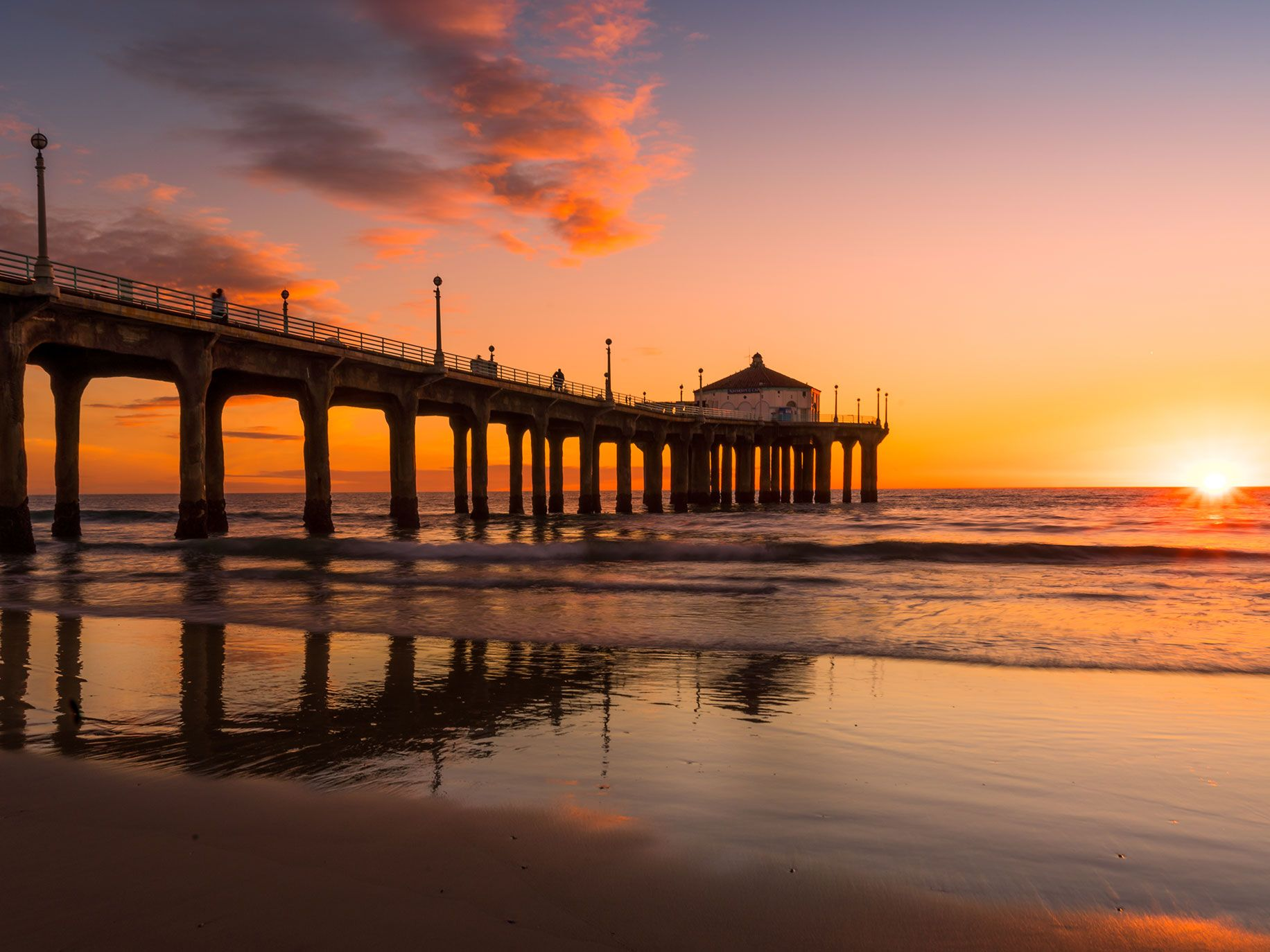 The Manhattan Beach Pier is one of a favorite pier of Ramelli's to photograph, along with Hermosa Beach Pier.
