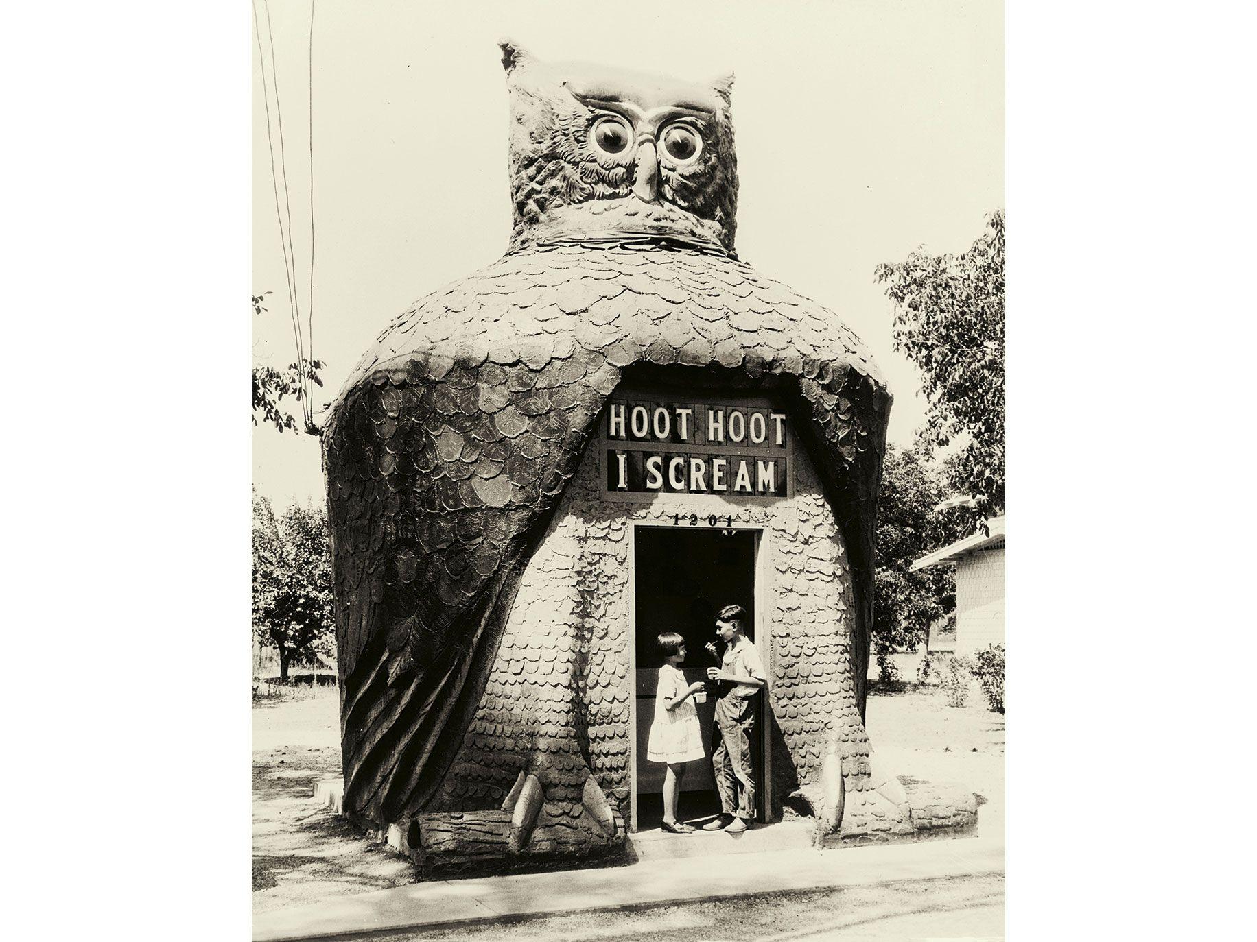 Hoot Hoot I Scream in San Gabriel (circa 1932).