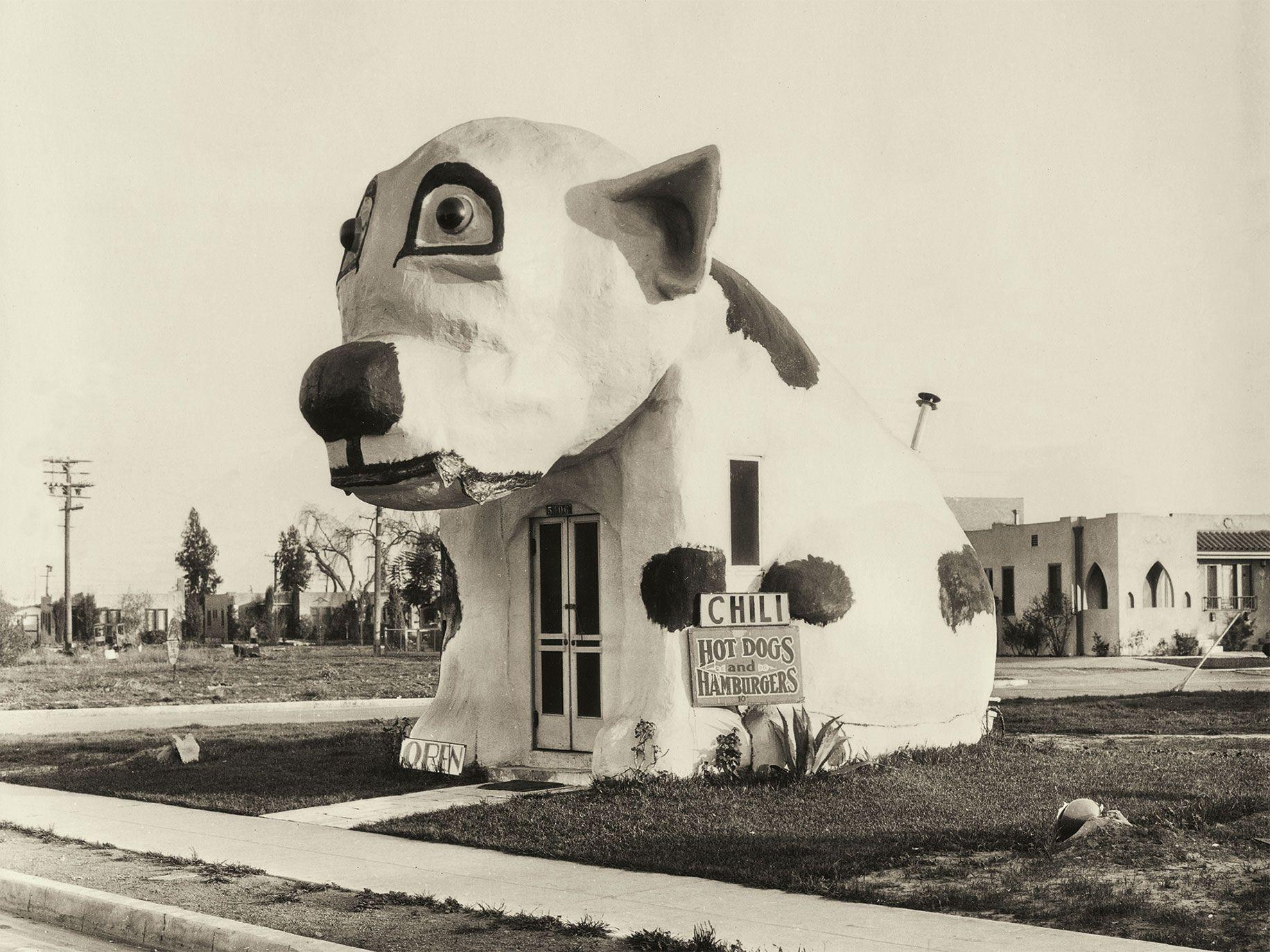 Pup Cafe in Culver City (circa 1934).