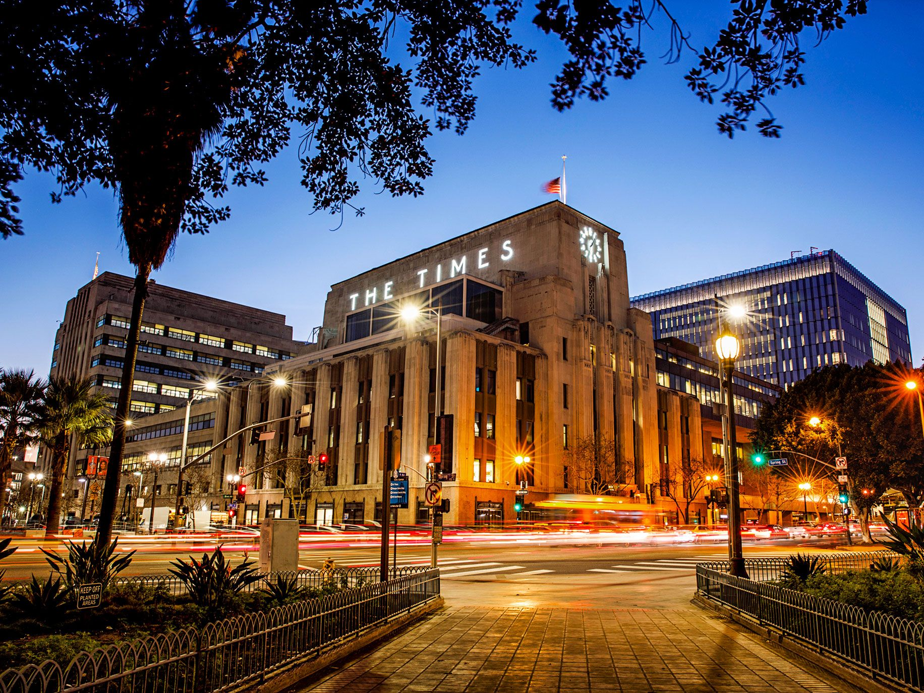 The former Los Angeles Times building in downtown Los Angeles, which a Canadian real estate firm purchased for $105 million in September 2016—almost a year and a half before Soon-Shiong bought the newspaper.