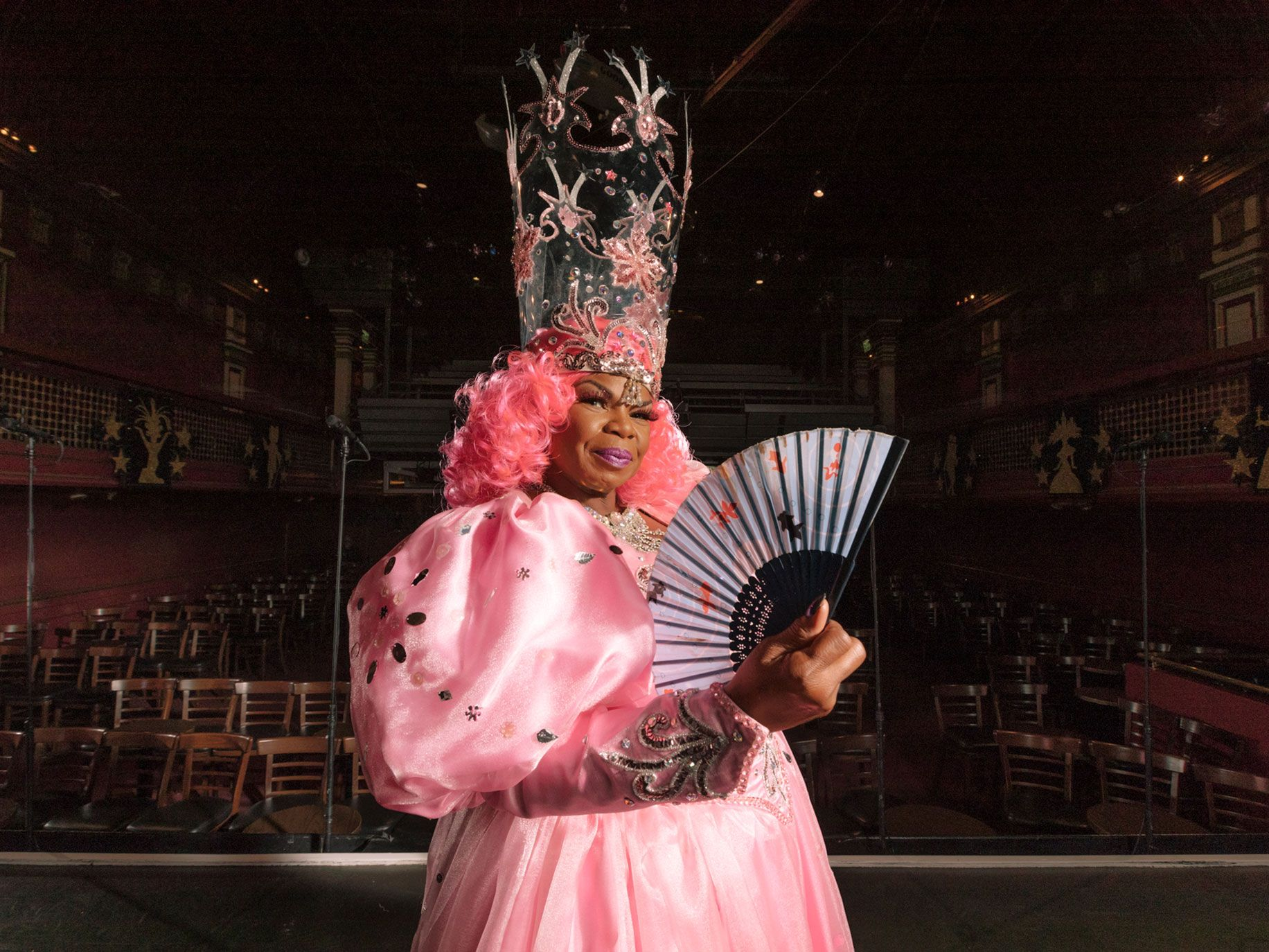 Renée Lubin helps open the show as Glinda the Good Witch from The Wizard of Oz.