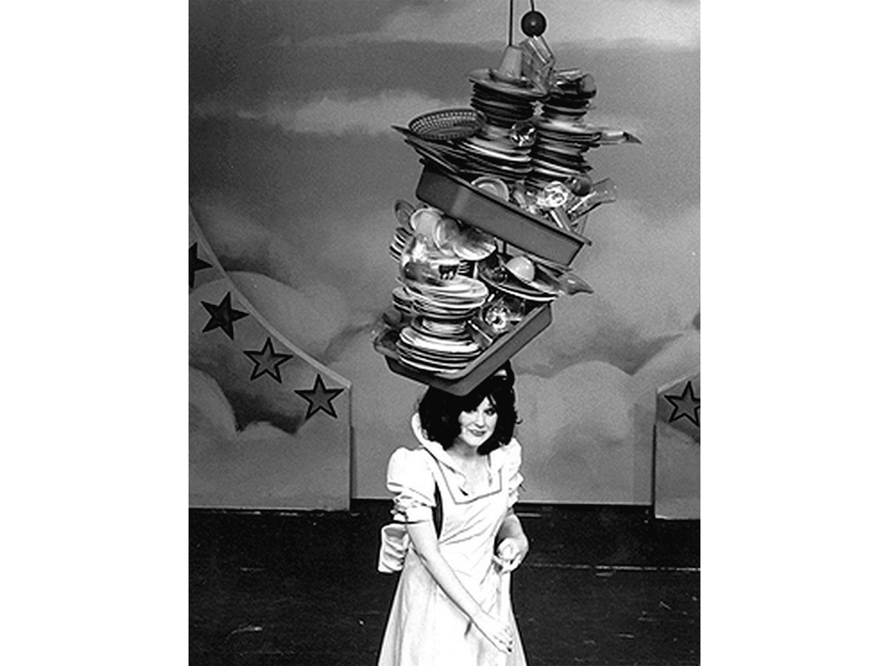 A height-defying chapeau known as the Dish Hat, 1978.