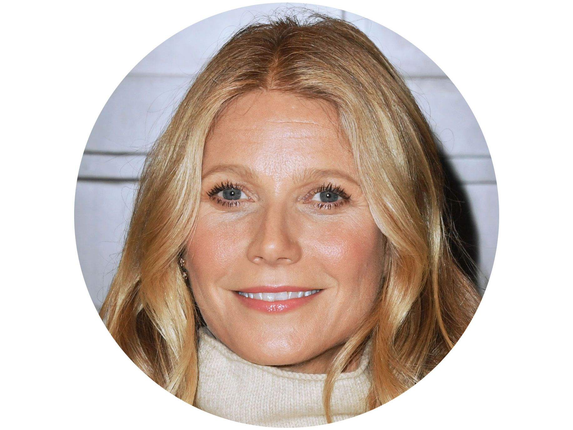 "GWYNETH PALTROW ON CHINOIS ON MAIN Academy Award–winning actor and founder of Goop: ""I have been going to Chinois on Main since I was about 12 years old. My father was a foodie, immersed in the early days of the California cuisine food scene, and Chinois was one of our regular family spots. I now go with my own family regularly, and the restaurant remains one of my favorite places in the city."""