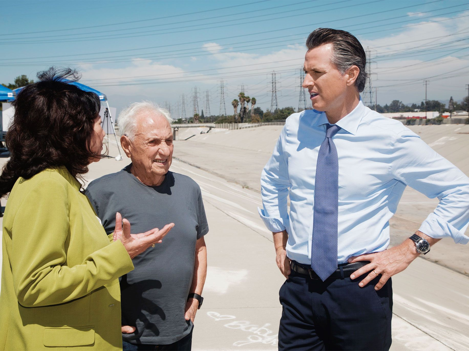 L.A. County supervisor Hilda Solis, architect Frank Gehry, and then–lieutenant governor Gavin Newsom (from left) visit the L.A. River in South Gate in 2018.