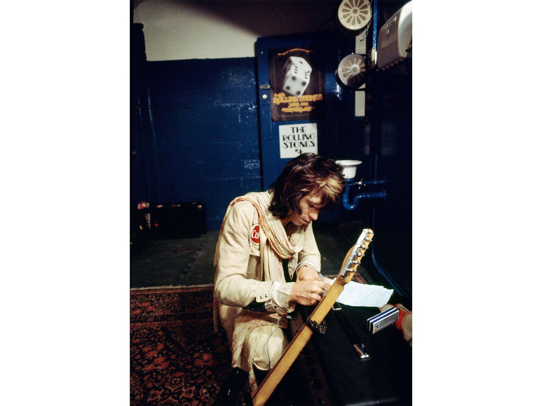 Keith Richards backstage at Winterland, San Francisco, 1972.