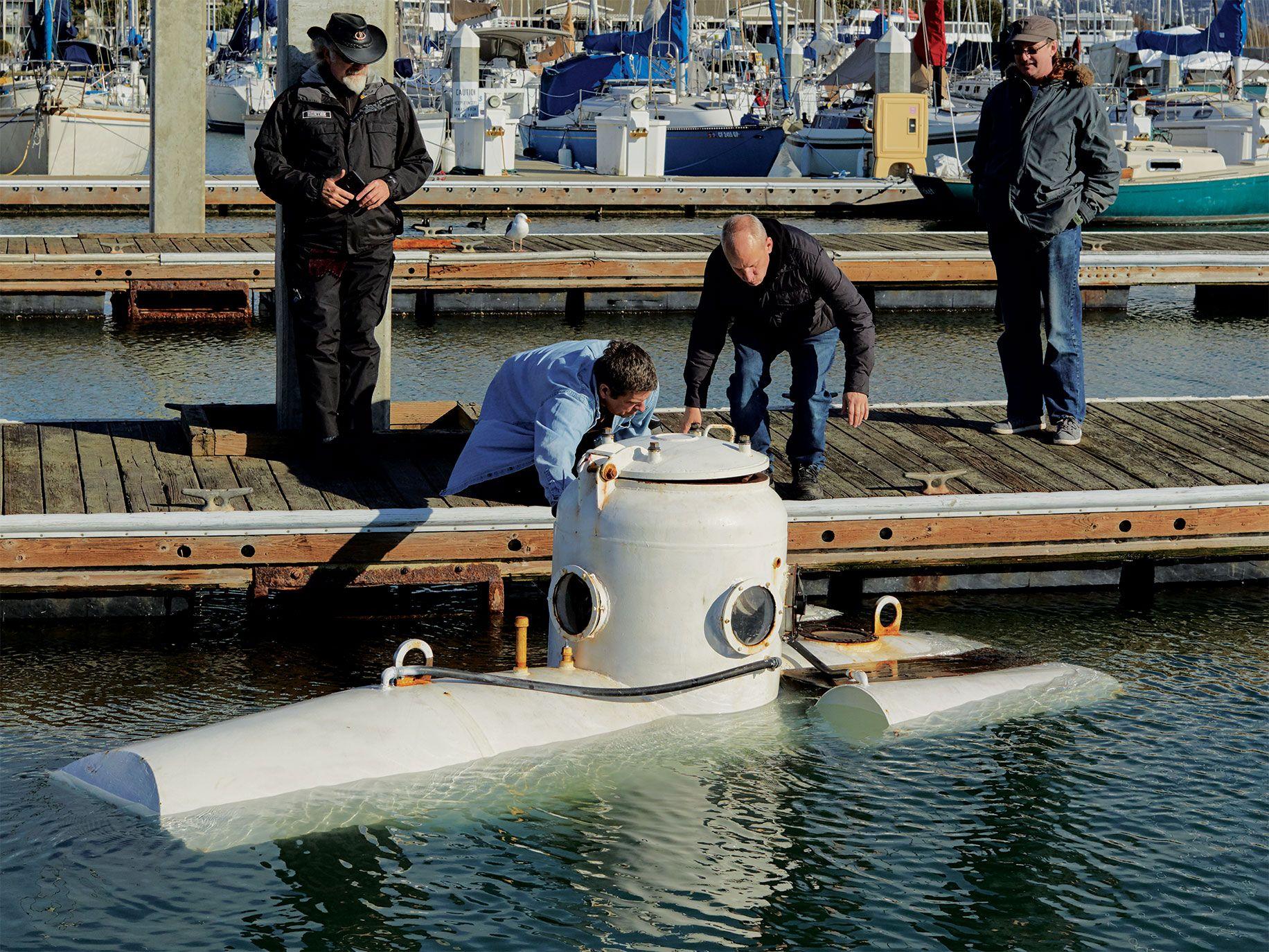 Fangtooth on a training run at the Berkeley Marina.