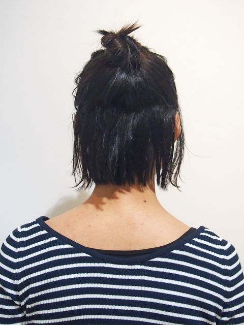 Clothing, Hairstyle, Shoulder, Style, Back, Black hair, Neck, Black, Cool, Electric blue,