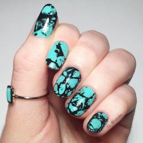 Green, Blue, Finger, Skin, Nail, Nail care, Teal, Nail polish, Aqua, Turquoise,