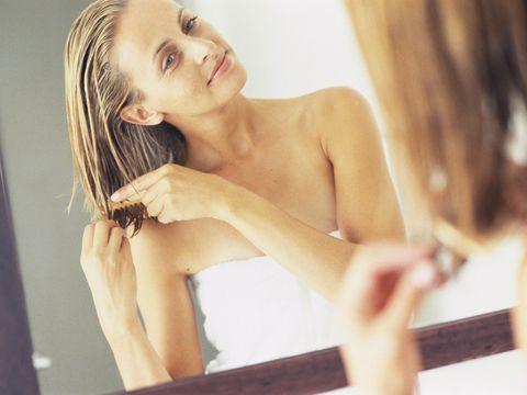 Finger, Hairstyle, Skin, Shoulder, Joint, Elbow, Wrist, Summer, Beauty, Eyelash,