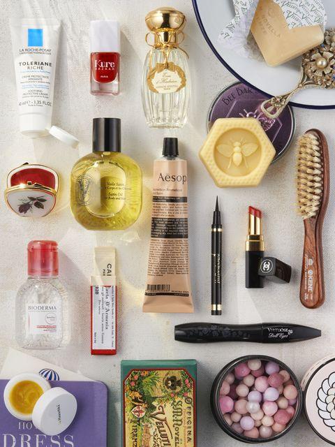 Liquid, Product, Brown, Fluid, Bottle, Pink, Beauty, Cosmetics, Peach, Glass bottle,