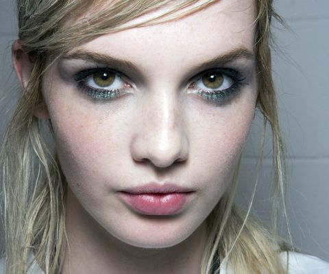 Face, Hair, Eyebrow, Lip, Blond, Cheek, Skin, Hairstyle, Beauty, Nose,