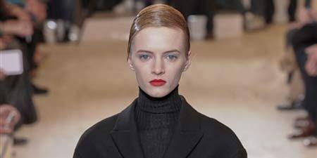 Sleeve, Trousers, Coat, Collar, Earrings, Joint, Outerwear, Suit trousers, Formal wear, Style,