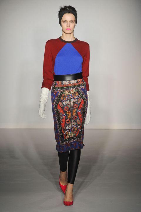 Footwear, Sleeve, Shoulder, Joint, Red, Style, Fashion model, Waist, Fashion, Fashion show,