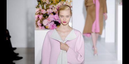 Shoulder, Joint, Dress, Fashion show, Pink, Style, One-piece garment, Formal wear, Fashion model, Purple,
