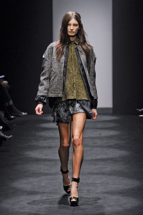 Clothing, Human, Fashion show, Human body, Joint, Runway, Outerwear, Style, Fashion model, Knee,