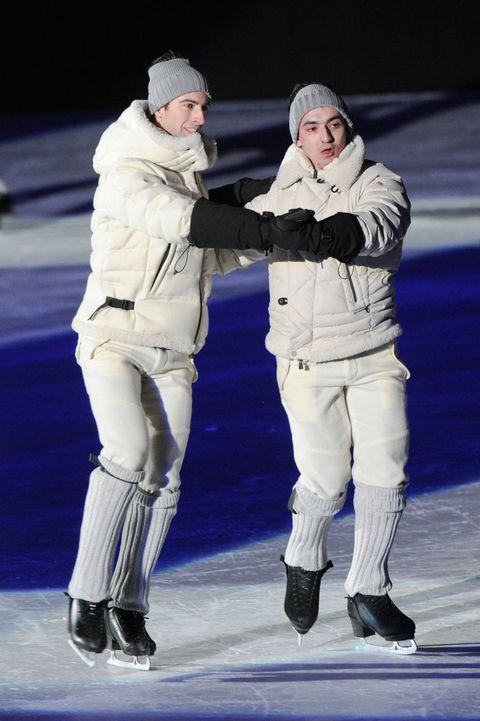 Winter, Ice skate, Glove, Gesture, Ice, Freezing,