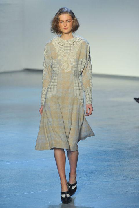 Clothing, Sleeve, Shoulder, Human leg, Dress, Joint, Fashion show, One-piece garment, Fashion model, Style,