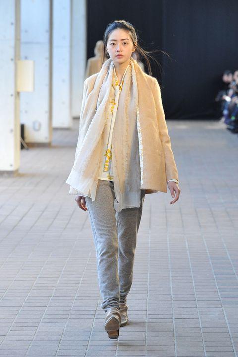 Clothing, Footwear, Sleeve, Textile, Outerwear, Style, Street fashion, Denim, Fashion, Fashion model,