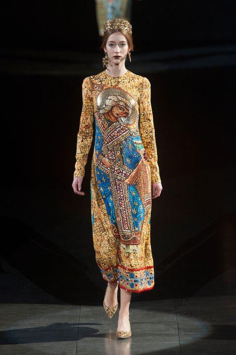 Fashion show, Runway, Style, Fashion model, Fashion, Model, Costume design, Fashion design, Haute couture, One-piece garment,