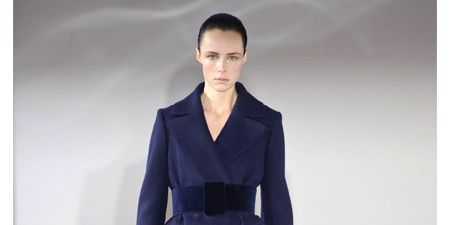 Clothing, Sleeve, Human body, Shoulder, Fashion show, Joint, Formal wear, Style, Fashion model, Collar,