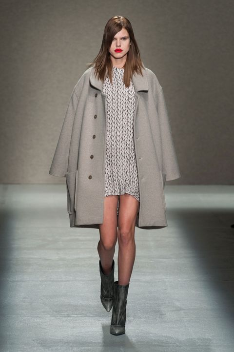 Clothing, Fashion show, Sleeve, Human body, Shoulder, Textile, Winter, Joint, Outerwear, Runway,