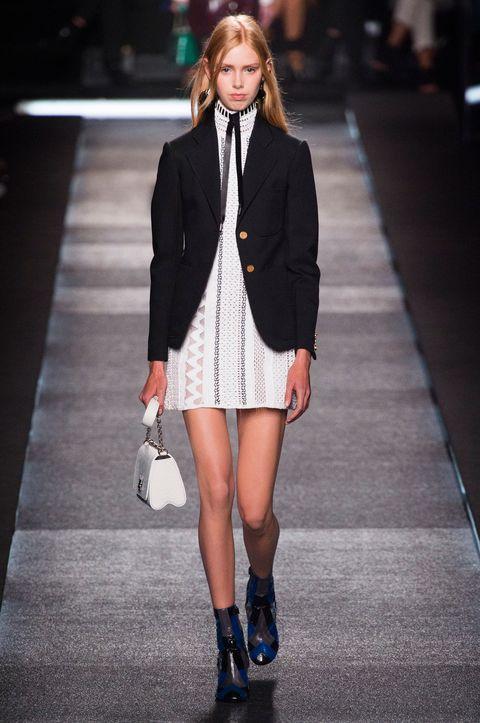 Clothing, Leg, Sleeve, Human leg, Shoulder, Fashion show, Joint, Outerwear, Fashion model, Style,