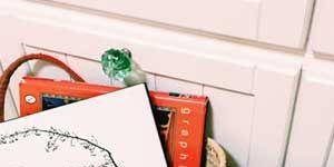 Bag, Home accessories, Wood flooring, Basket, Coquelicot, Shoulder bag, Craft, Present, Creative arts, Storage basket,