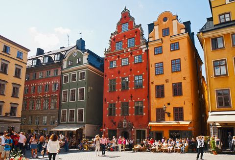 Window, City, Town, Building, Public space, Facade, Mixed-use, Town square, Pedestrian, Plaza,