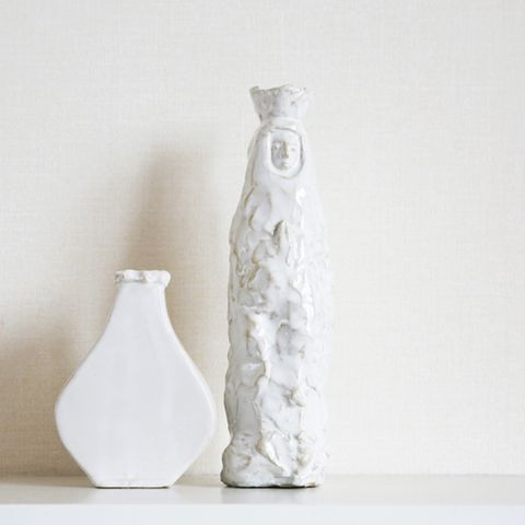 White, Artifact, Pottery, Creative arts, Ceramic, Still life photography, Sculpture, Vase,