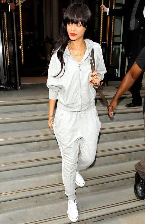 Sleeve, White, Style, Street fashion, Bangs, Black hair, Fashion, Snapshot, Bag, Hime cut,