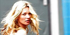 Elbow, Street fashion, Blond, Long hair, Brown hair, Photo caption, Publication, Surfer hair, Book, Layered hair,