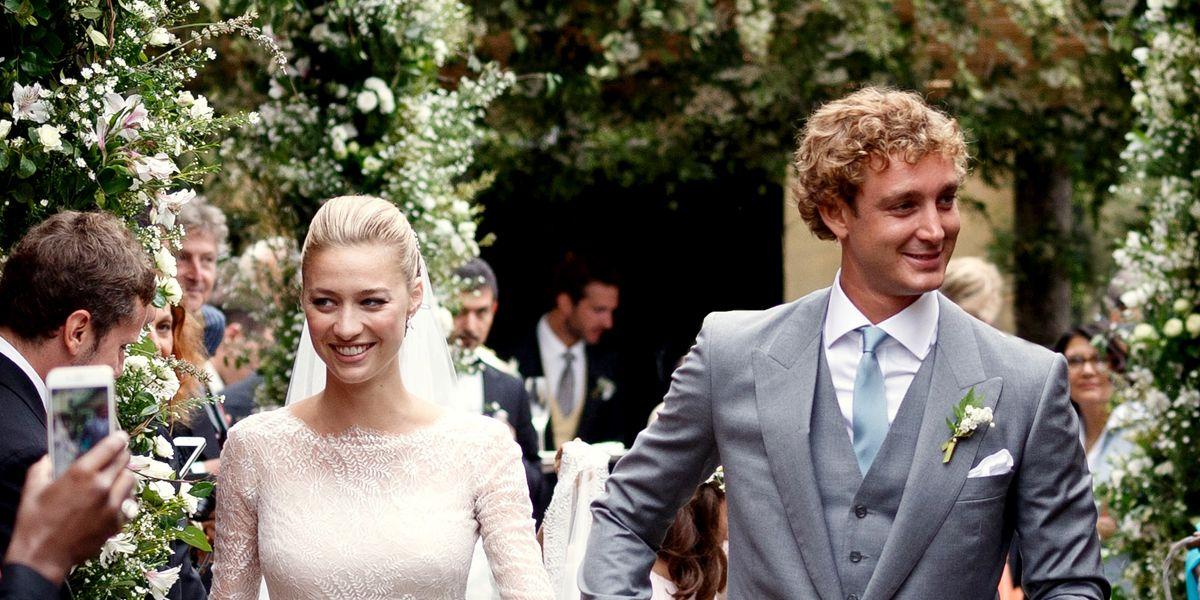 結婚おめでとう! モナコ公国のロイヤルウエディングドレスを拝見