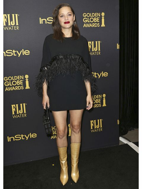 Leg, Dress, Joint, Style, Fashion, Little black dress, Fashion model, Black, Thigh, Boot,