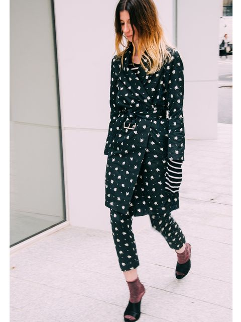 Clothing, Footwear, Sleeve, Shoulder, Joint, Style, Pattern, Street fashion, Fashion, Neck,