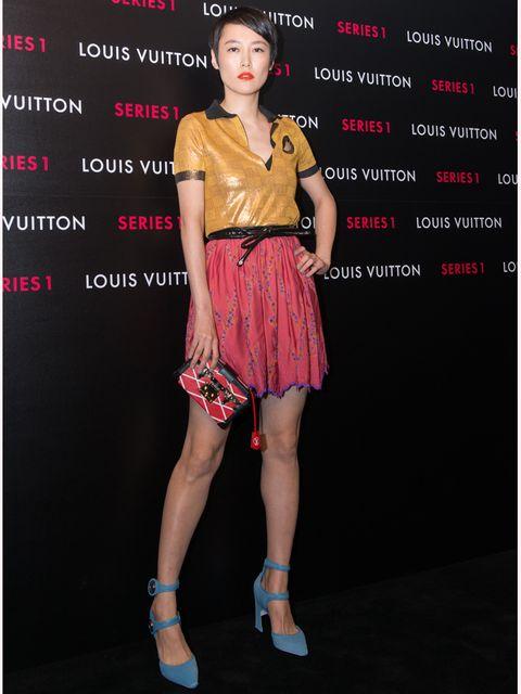 Human leg, Joint, Red, Style, Waist, Fashion model, Thigh, Knee, Fashion, Model,
