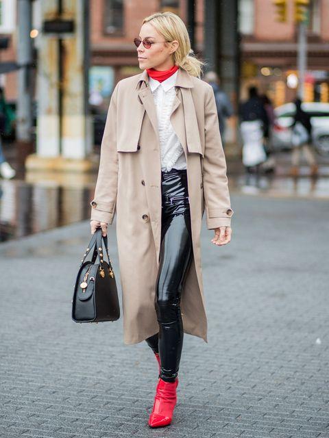 Clothing, Sleeve, Collar, Textile, Bag, Outerwear, Coat, Style, Street fashion, Fashion accessory,