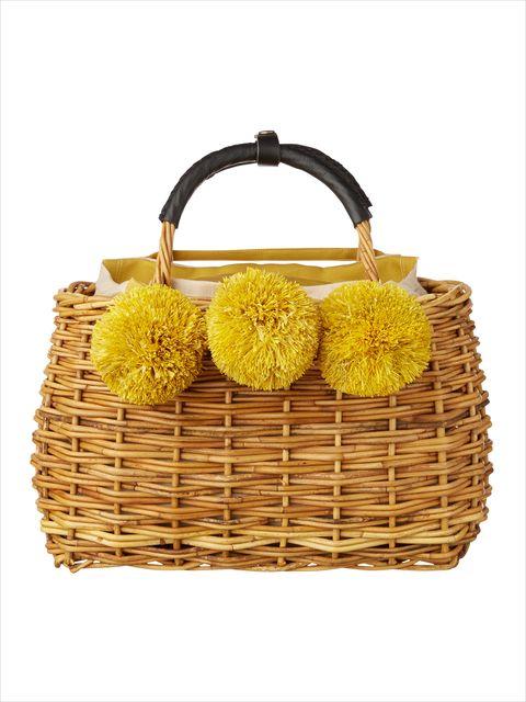 Basket, Wicker, Storage basket, Home accessories, Beige, Picnic basket, Natural material, Shoulder bag,