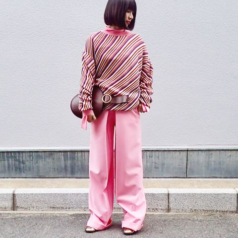 Sleeve, Pink, Magenta, Street fashion, Bangs, Maroon, Active pants, Pajamas, Nightwear, Hime cut,