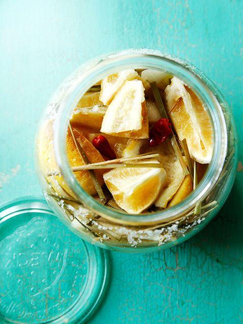 塩レモン(レモングラス+唐辛子漬け) のレシピ・作り方|ELLE gourmet [エル・グルメ]