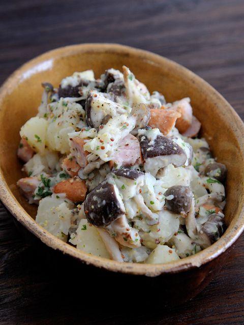 きのこたっぷり、秋のポテトサラダ のレシピ・作り方|ELLE gourmet [エル・グルメ]