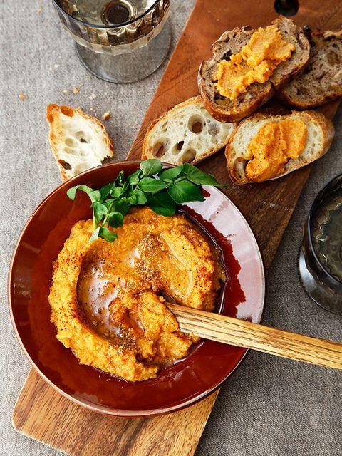 レンズ豆とにんじんのスパイシーディップ のレシピ・作り方|ELLE gourmet [エル・グルメ]