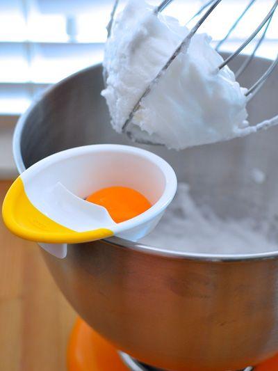Orange, Ingredient, Amber, Serveware, Cookware and bakeware, Cup, Recipe, Daylighting, Cooking, Stock pot,