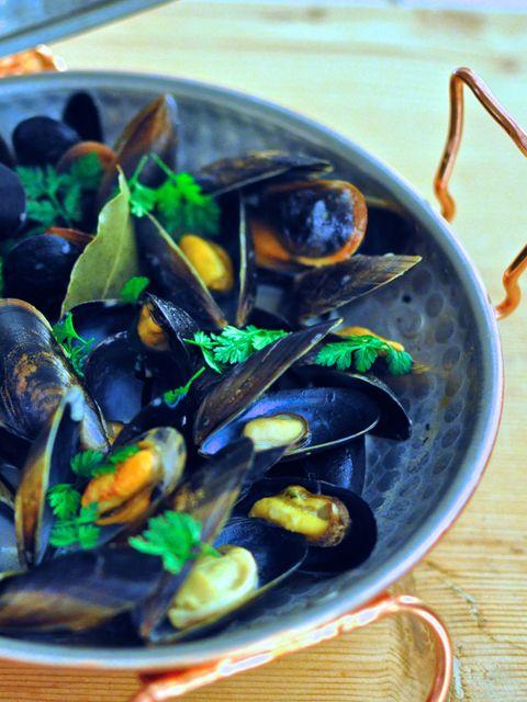 Food, Bivalve, Seafood, Clam, Ingredient, Shellfish, Molluscs, Mussel, Serveware, Curanto,