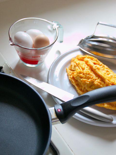 Ingredient, Food, Dishware, Tableware, Serveware, Meal, Cuisine, Kitchen utensil, Dish, Drink,