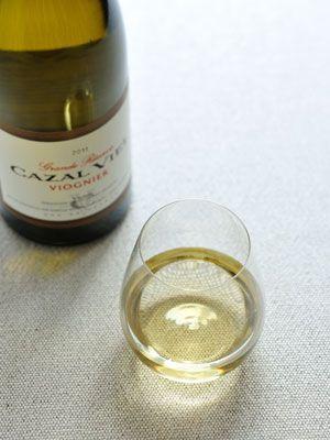 Fluid, Liquid, Yellow, Bottle, Glass bottle, Amber, Glass, Drinkware, Solution, Cosmetics,