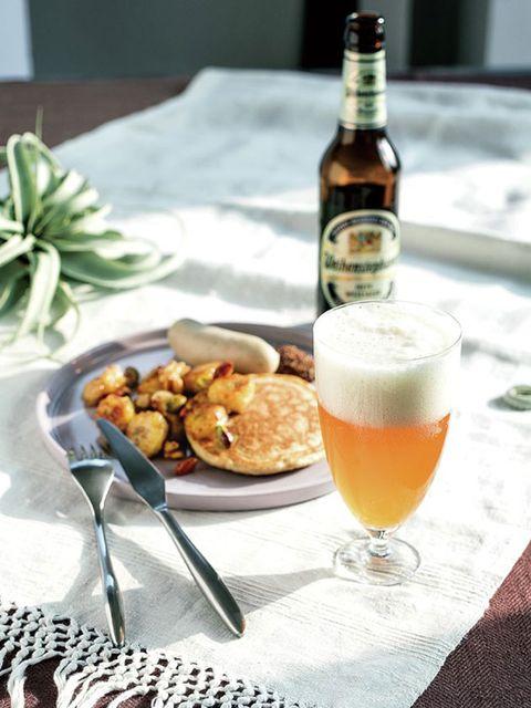 Beer, Drinkware, Alcoholic beverage, Drink, Alcohol, Barware, Dishware, Tableware, Serveware, Bottle,