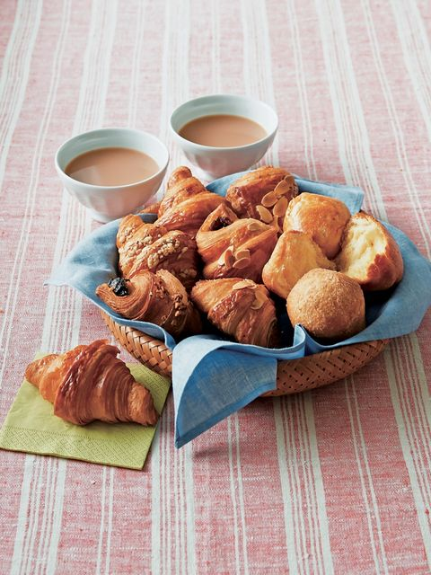 Dish, Food, Cuisine, Ingredient, Croissant, Produce, Fried food, Rugelach, Pastry, Dessert,